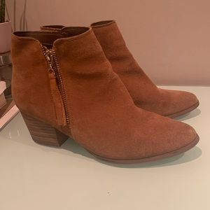 Also brown booties